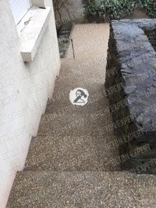 escalier beton desactive