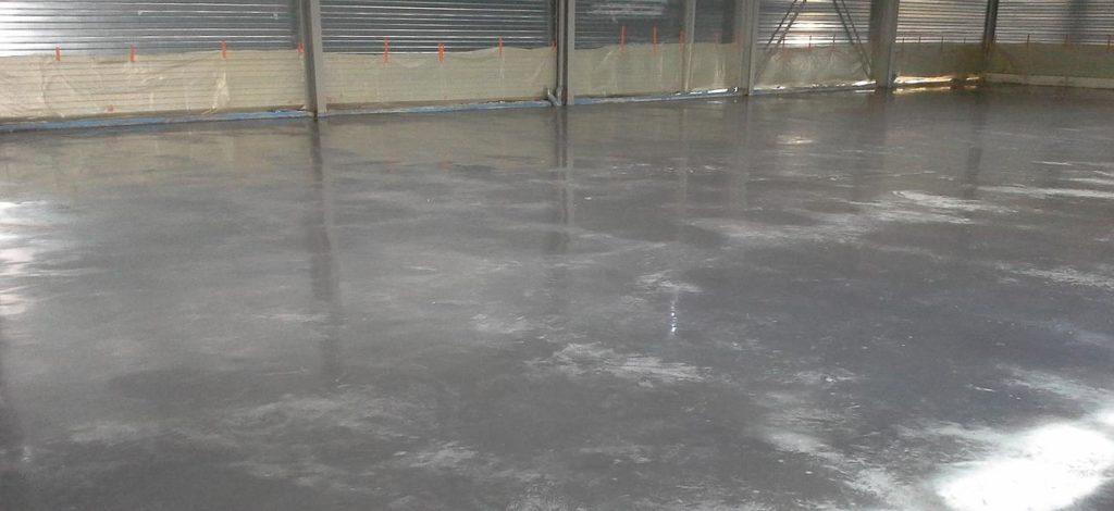 sols industriels en béton lissé